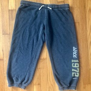 Men's Nike sweat capris pants small/medium
